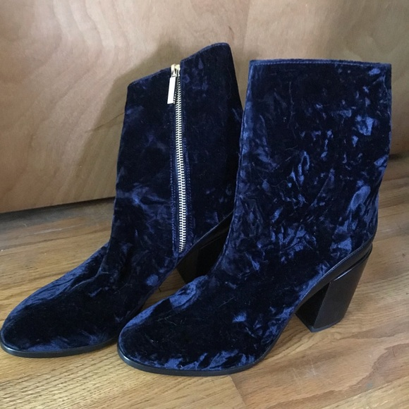 dear frances Shoes - Dear Frances Navy Blue Crushed Velvet Spirit Boot